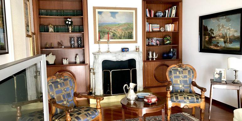 Villa Cernobbio Como sala lettura