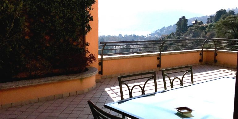 Villa Cernobbio Como terrazzo