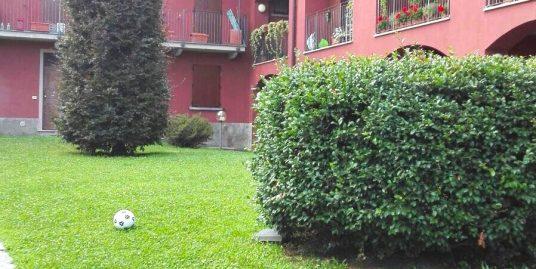 Appartamento bilocale con giardino in vendita a Villa Guardia