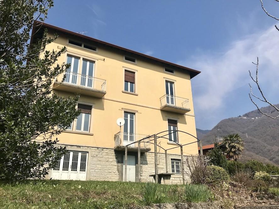 Villa singola con vista sul lago in vendita a Cernobbio