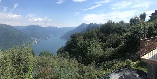 Villa singola con vista lago in vendita a Pigra-Como