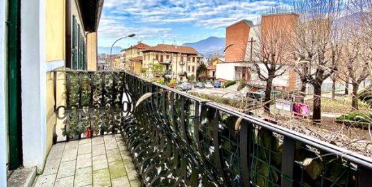 Appartamento  con veranda in vendita frazionabile  a Como