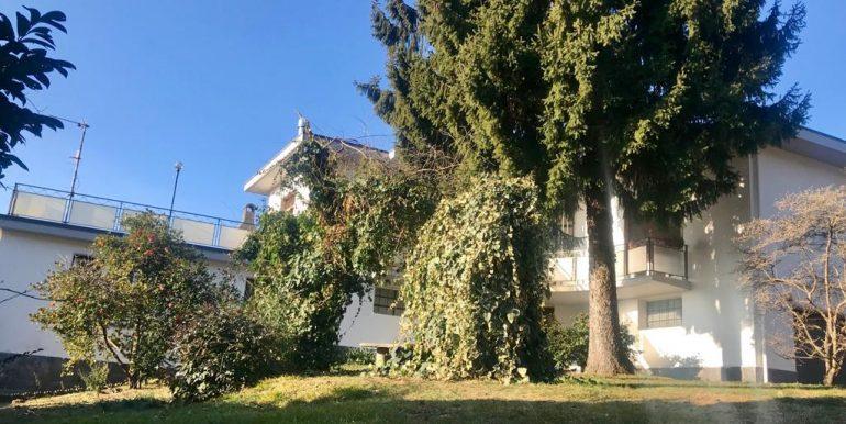 16.villa-con-giardino-san-fermo
