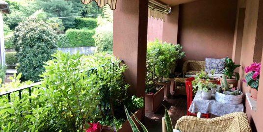 Quadrilocale ristrutturato con terrazzi in vendita a San Fermo