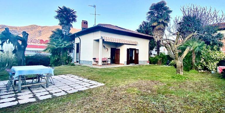 Villa indipendente Como Monte Olimpino - con giardino posizione centrale