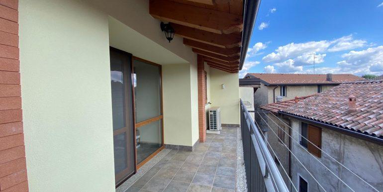 Appartamento quadrilocale a Valmorea di nuova costruzione (24)