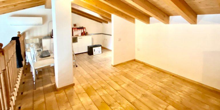 Appartamento quadrilocale a Valmorea di nuova costruzione (33)