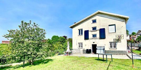 Casa indipendente a Como Albate con giardino