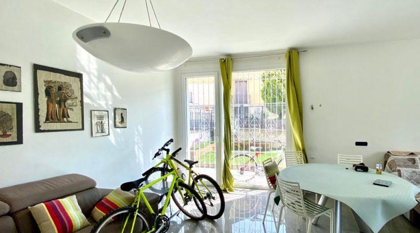 Casa indipendente con giardino - Como Albate (9)
