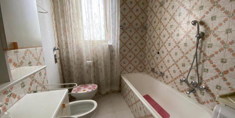 Appartamento Trilocale a Como Breccia con box (14)