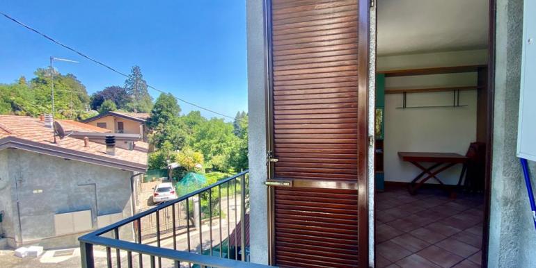 Appartamento bilocale a San Fermo con balcone (1)