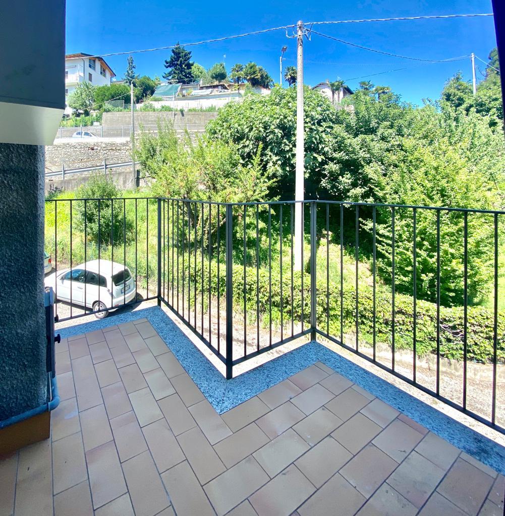 Appartamento bilocale a San Fermo con balcone