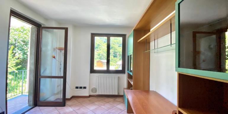 Appartamento bilocale a San Fermo con balcone (8)