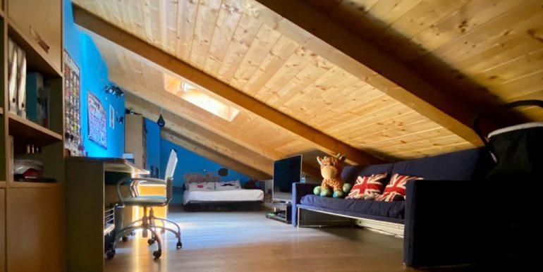 Appartamento quadrilocale a Como Borghi (10)