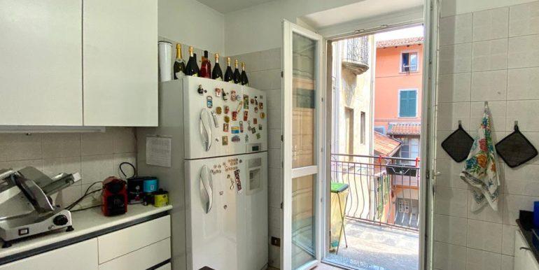 Appartamento quadrilocale a Como Borghi (18)