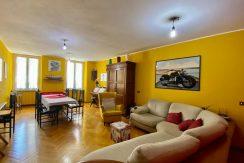 Appartamento quadrilocale a Como Borghi