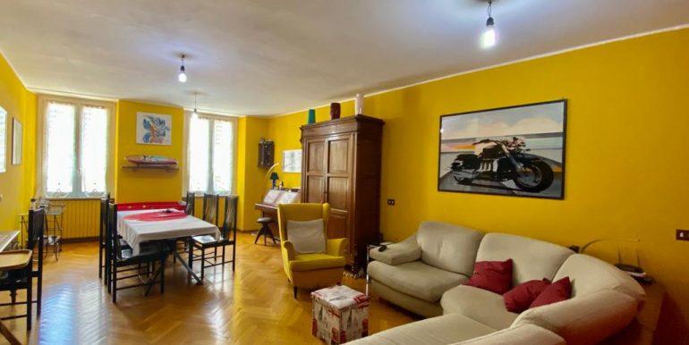 Appartamento quadrilocale a Como Borghi (24)