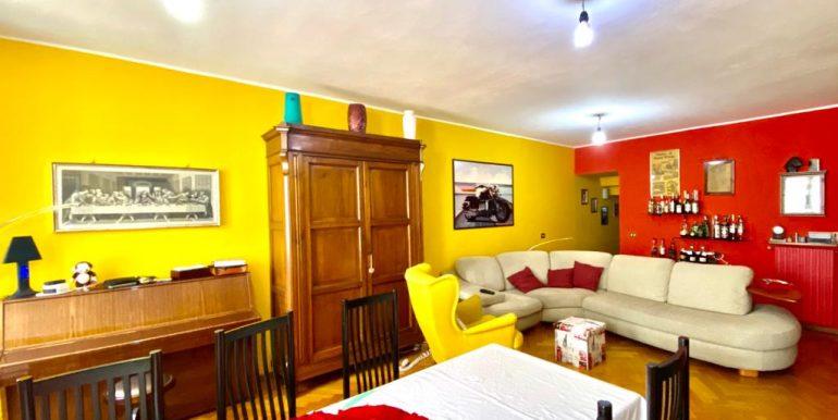 Appartamento quadrilocale a Como Borghi (25)