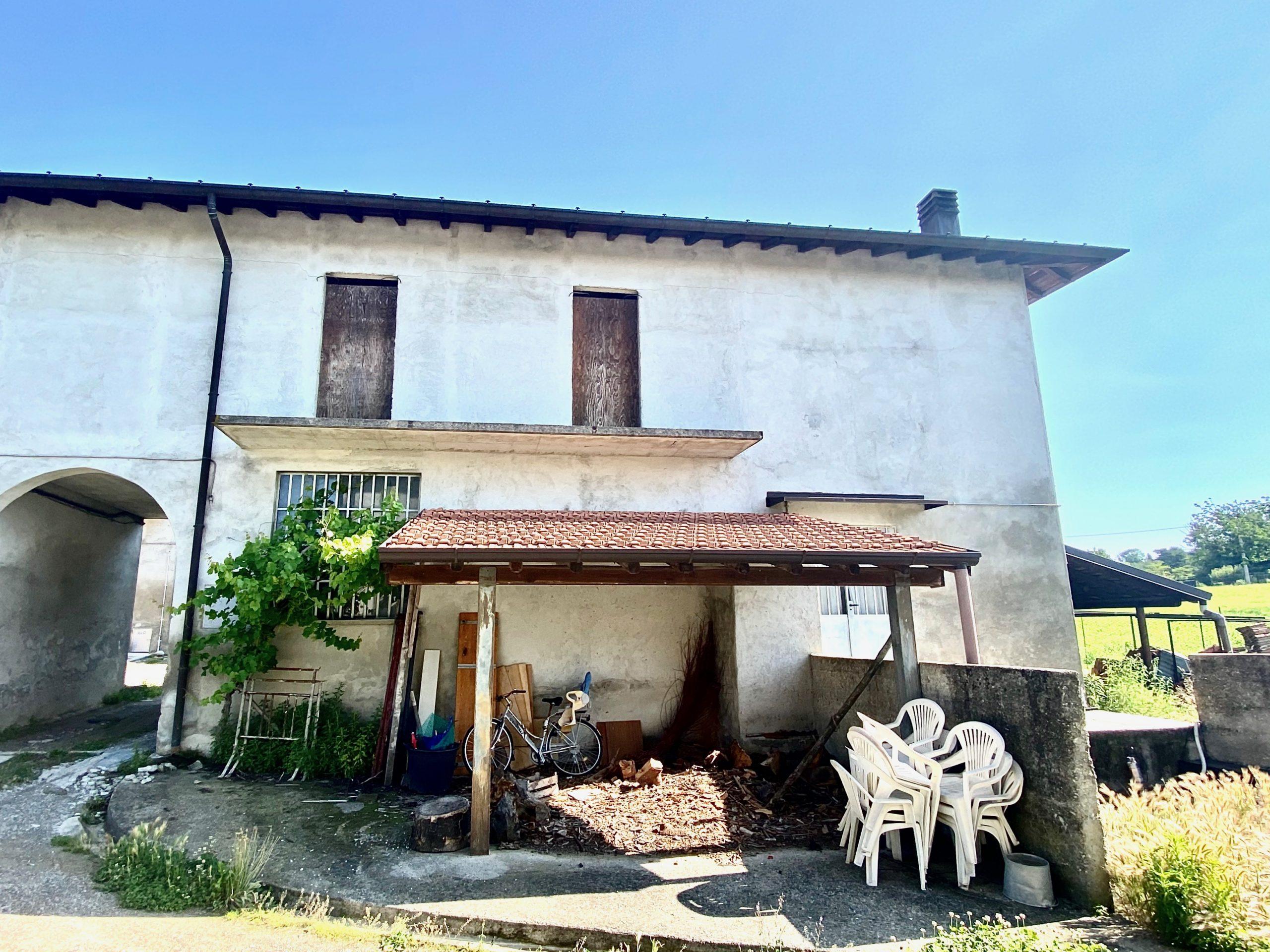 Villetta bifamiliare con giardino in vendita a San Fermo della Battaglia