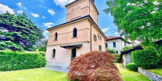 Villa singola con giardino vista lago in vendita a Cernobbio