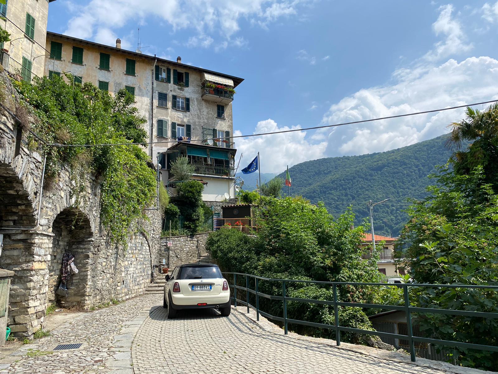 Appartamento in casa storica vista lago in vendita a Laglio
