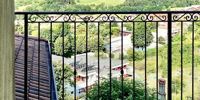 bilocale-san-fermo-balcone-2