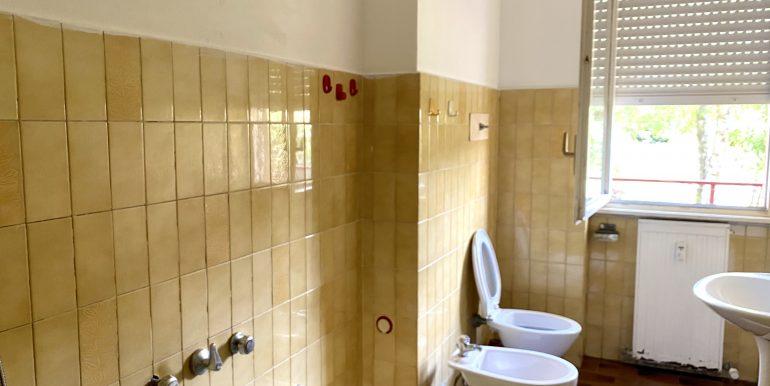trilocale-albate-bagno.1