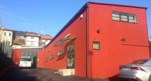Locale laboratorio artigianale ristrutturabile in vendita a San Fermo