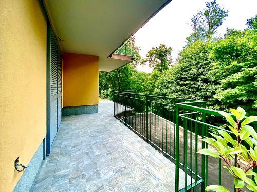 villa-singola-brenna-terrazza-2