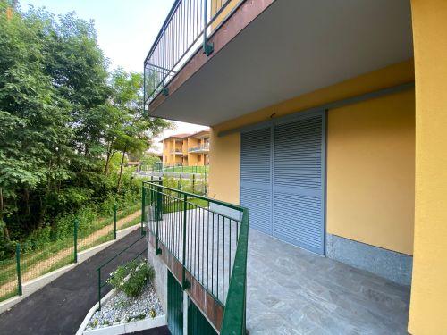 villa-singola-brenna-terrazza-3