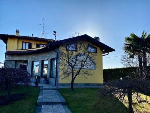 villa-uggiate-esterno-4
