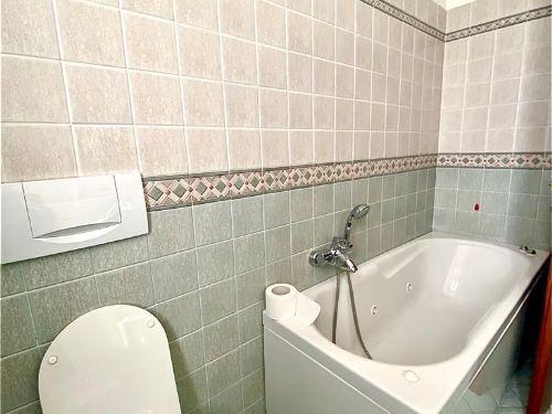 villa-uggiate-bagno-4