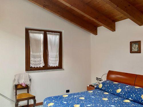 villa-singola-Lambro-cameretta-1