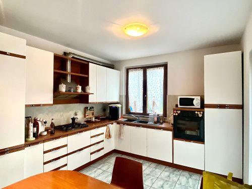 villa-singola-Lambro-cucina-4