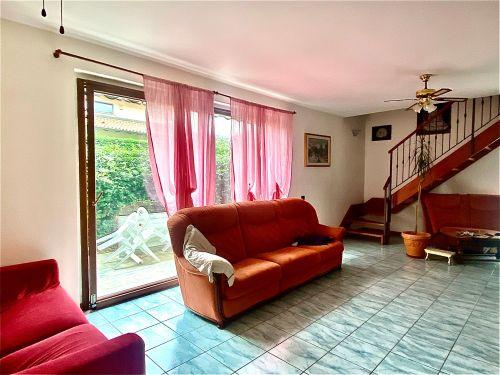 villa-singola-Lambro-soggiorno-7