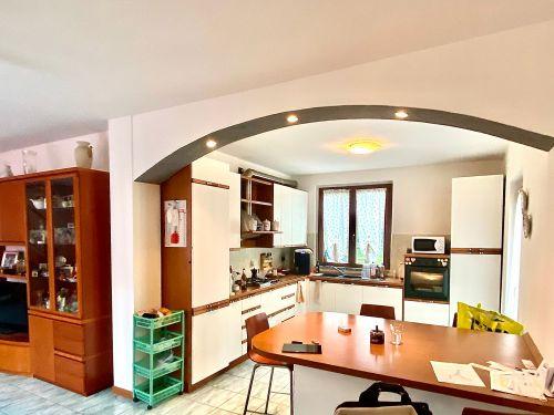 villa-singola-Lambro-cucina-1
