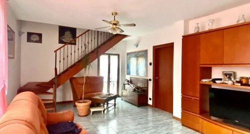 Villa singola con giardino in vendita a Ponte Lambro
