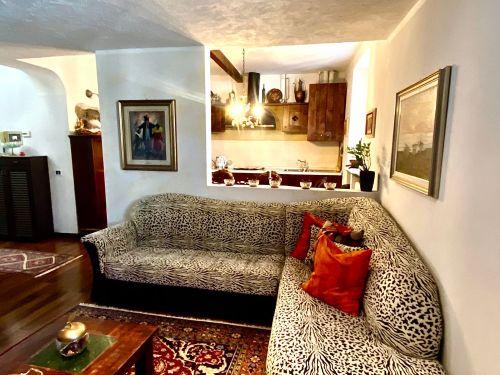 appartamento-Monte-Olimpino-soggiorno-4