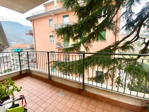 trilocale-monte-olimpino-balcone