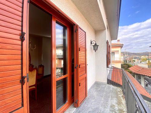 casa-indipendente-colverde-balcone