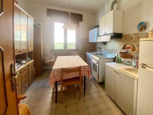 casa-indipendente-colverde-cucina-2