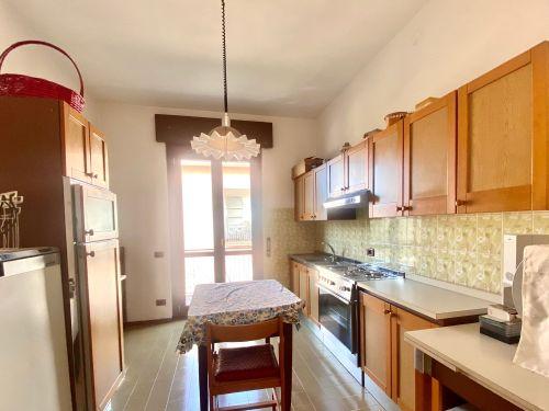casa-indipendente-colverde-cucina