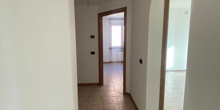 Quadrilocale-Cernobbio-corridoio-2