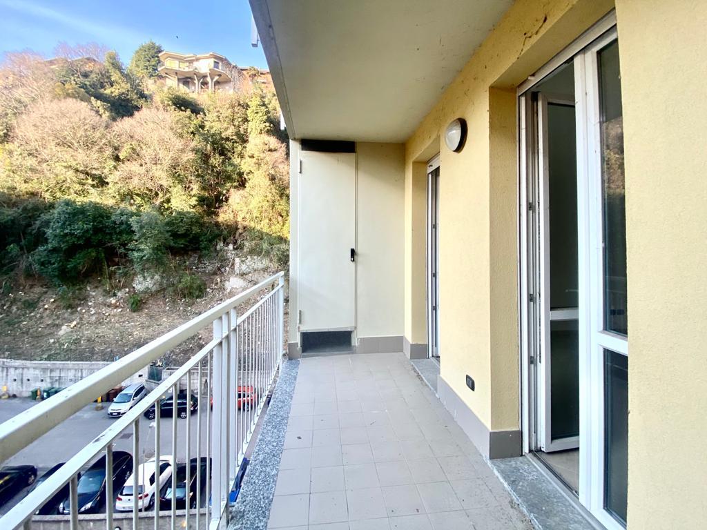 Nuovo appartamento trilocale con Box in vendita a Cernobbio