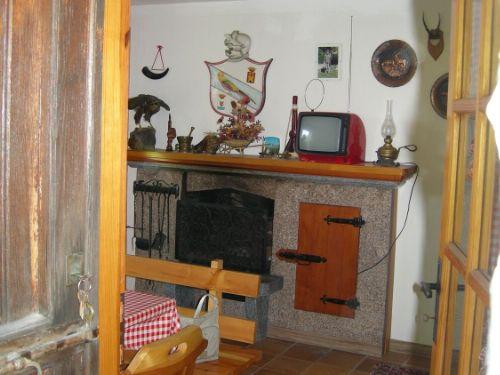 baita-cernobbio-soggiorno-2