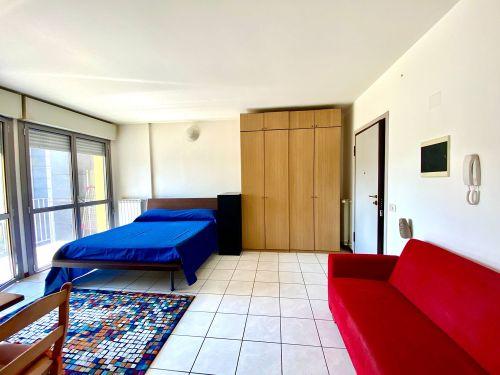 appartamento-monolocale-ad-albate- 11