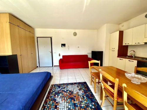 appartamento-monolocale-ad-albate- 2