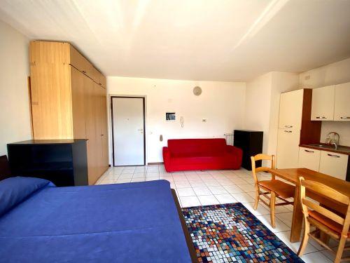 appartamento-monolocale-ad-albate- 5