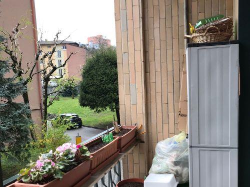 Vendesi appartamento bilocale a Maslianico con box e giardino