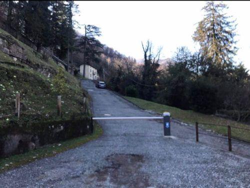 vendesi appartamento a Faggeto lario in villa storica- 18
